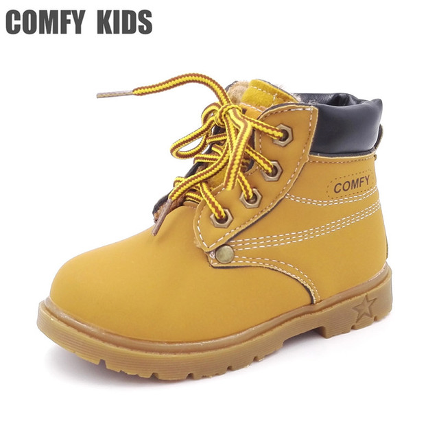 fc292e944fe98 US $7.79 35% OFF|2019 Fashion Child Snow Boots Shoes Boys Girls Leather  Boots Warm Plush Casual Kids Children Snow Boots Shoes Kids Cotton Bota-in  ...