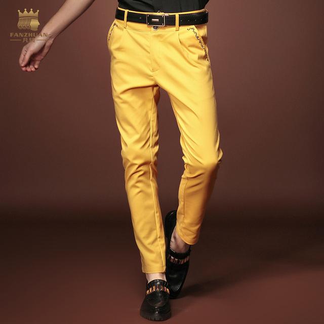 Grátis Shippingnew moda Masculina do homem Magro ocasional 2015 Verão personalidade magro ocasional calças amarelas 15823 puro original na venda