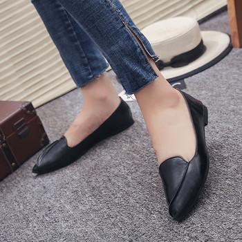 COOTELILI damskie tłuszcze buty mokasyny skórzane modne buty czarne brązowe Plus rozmiar wsuwane buty wiosenne jesienne damskie 40 tanie i dobre opinie Dla dorosłych Mieszkania Na co dzień Stałe Slip-on Szpiczasty nosek RUBBER C-88816 Wiosna jesień Pasuje prawda na wymiar weź swój normalny rozmiar