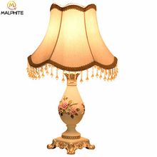 Nordic Wedding Deco Table Lamp French Pastorale Light Bedroom Bedside Lamps Living Room Resin Home Luminaire