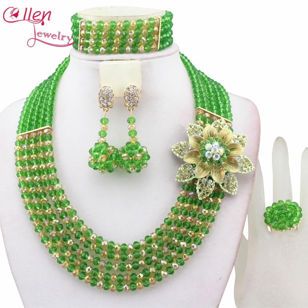 Classique Femmes bijoux Nigérians De Mariage de mariée Perles Africaines  Parures Nouveau Arrivé dubaï vert Collier setE1047 c6407339cd7