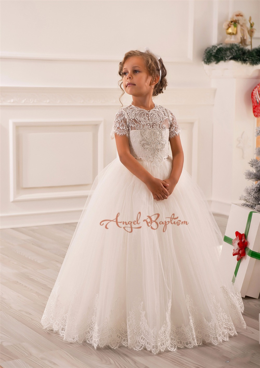 2016 the first communion dresses for girls pageant dresses Beaded Flower Girl Dresses for kids evening Puffy Ball Gowns lovely pink ball gown short flower girl dresses 2018 beaded pearls first communion dresses for girls pageant dress
