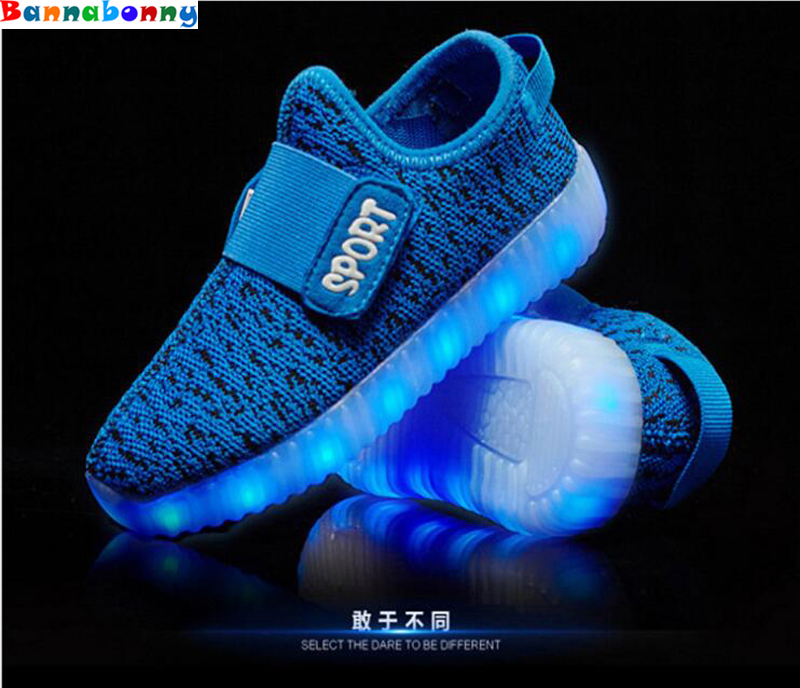 Children Shoes With Light Boys And Girls Casual LED Shoes For Kids 2017 LED Light Up Usb 7 Colors Kids air mesh Shoes 25-37