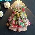 Bear leader grils ropa 2016 de moda de verano estilo de la muchacha que arropan diseño de estampado floral sin mangas del chaleco + pantalones cortos para niños traje