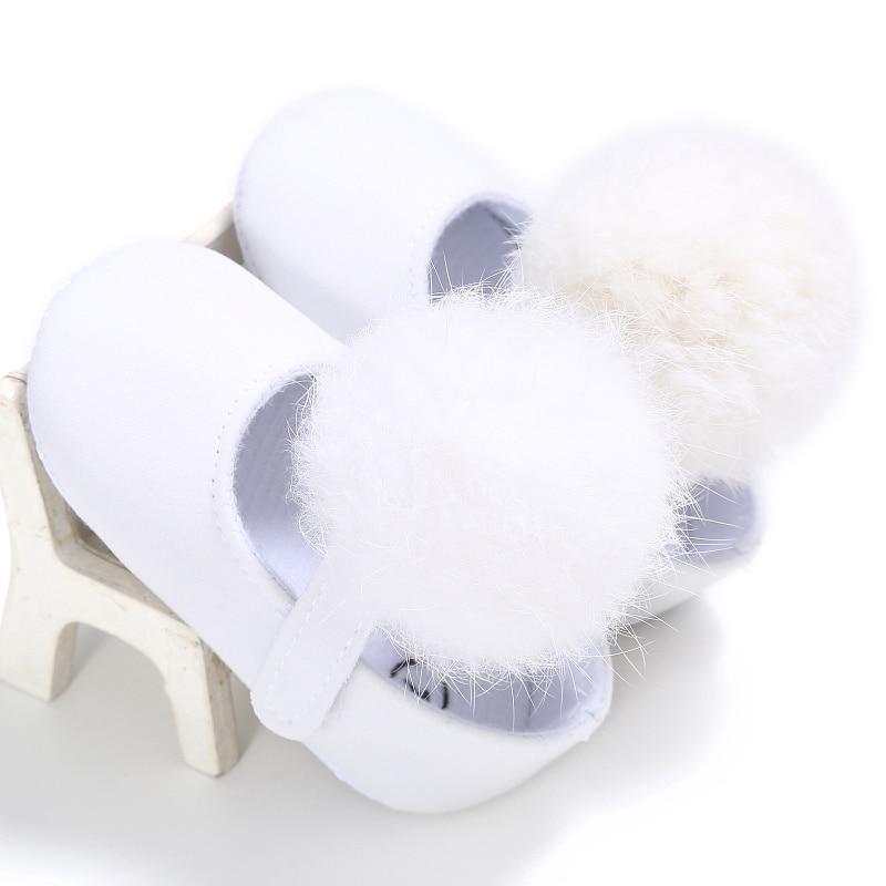 2018 New Style Kids Girls Fashion Cotton Fabric Toddler Shoes Girl Cute Hairball Anti-skid Princess Shoe