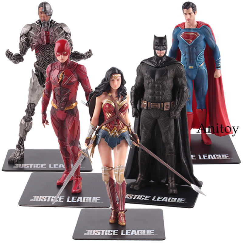 цена DC Justice League ARTFX Statue Wonder Woman Batman The Flash Superman Cyborg Action Figure PVC Collectible Model Toy