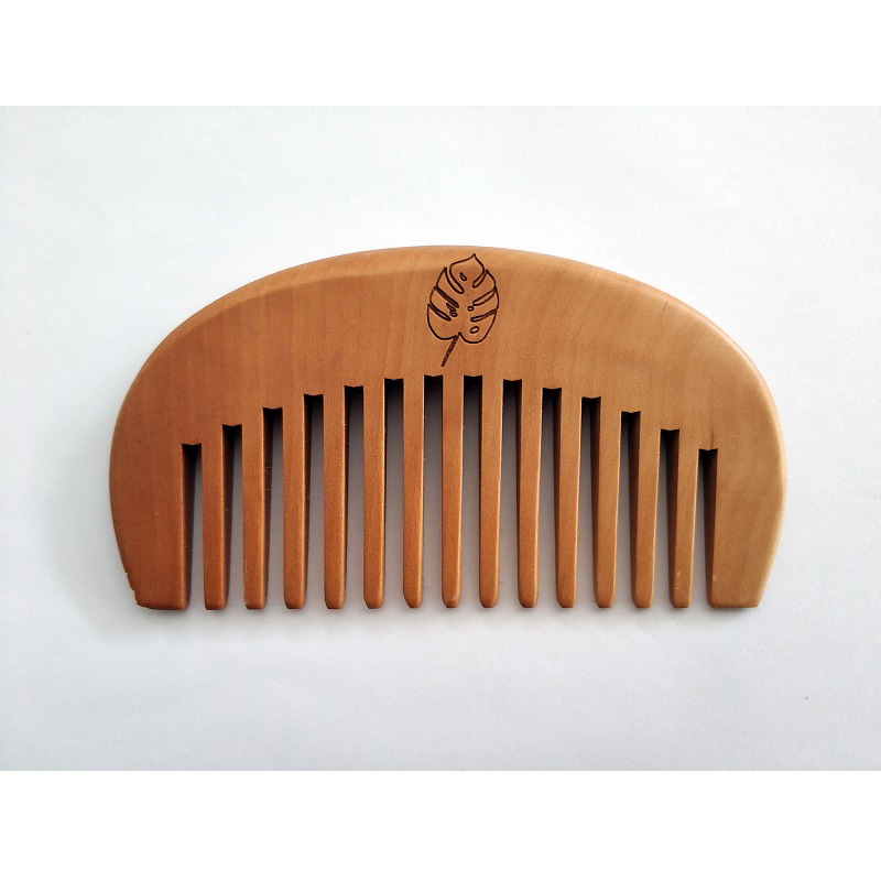 1PCS Natural Peach Wood Wide-Tooth Moon Comb For Men Beard & Women Hair Care Engraved Logo Pocket Size 3.9inch