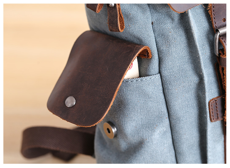 leather side pockets Manitoba Small Canvas daybpack
