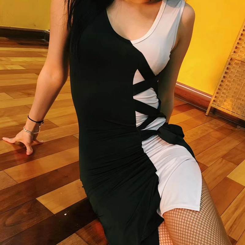 Latin Dress Ice Silk Dance Dress Black VS White Modern Dance Clothes Rumba Flamengo Female Adult Latin Dance Costume VDB424