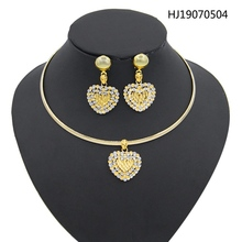 Yulaili African Jewelry Sets for Women Alloy Classic Crystal Heart Shape Pendant Necklace Earrings Wedding Party Accessories classic heart pendant