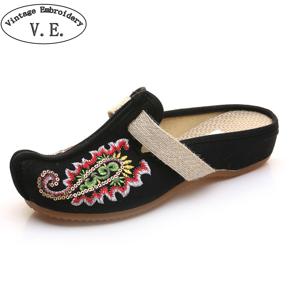 Vintage Embroideried Women Slippers Shoes Thailand Linen Chassis Flowers Embroidered Old BeiJing Sandals Slippers Big Size 41 2017 new old beijing boho cotton linen canvas cloth shoes national thailand handmade woven round toe flat shoes with embroidered