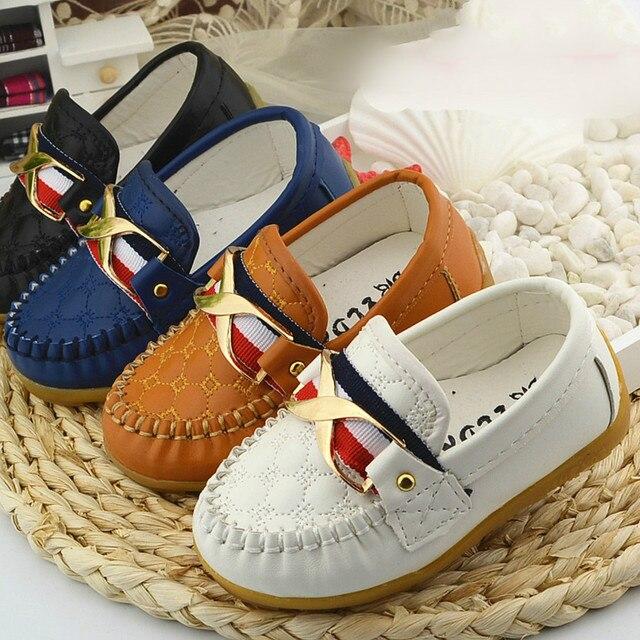 Новый 2016 Мода Детская обувь Детей PU Кожаные Кроссовки для Детская обувь Мальчики/Девушки Лодка Обувь Slip On Soft 8 цвет