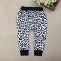 6 Unids/lote 2017 Snow Leopard Pantalones Harén Bebé Recién Nacido Niños Niñas Algodón Harenes Kids Leggings Pantalones Harem del Muchacho 30D