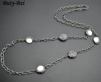 Wholesale Paved Black Crystal Beads Natural White Pearl Linked Metal Chains Necklace Outstanding Jewelry