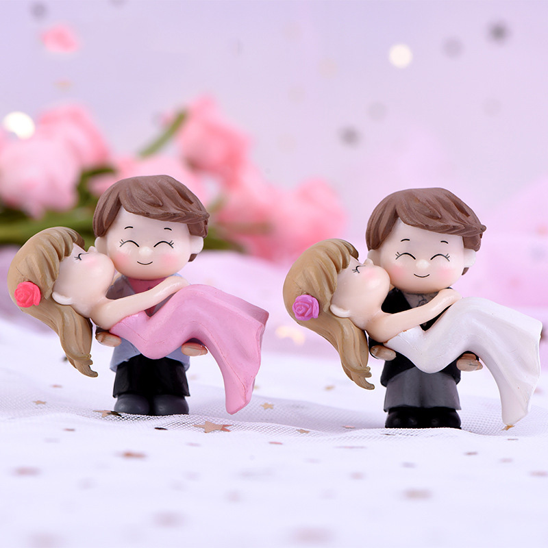 2pcs Mini Figures Lovers Miniatures Garden Fairy Figurine Dollhouse Decoration Resin Ornaments Home Decor Christmas Gift