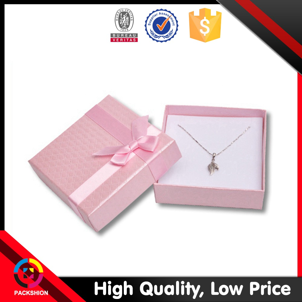 2019 Newest Red Foam Filled Pendant Box With Bowknot