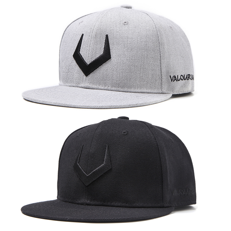 2019 latest   baseball     cap  . Cotton letter V   baseball     cap   hip hop   cap   adjustable button   cap   for men and women