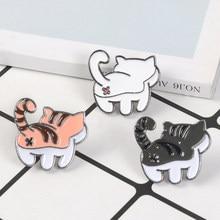Gato bonito broches esmalte pino branco preto laranja gatinho broche kawaii dos desenhos animados animal pino distintivo jóias presente para crianças amigos