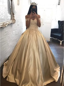 Gold Princess Quinceanera Dresses Elegant Ball Gown Prom Dresses With Flowers Off The Shoulder Sweet 16 Dress Custom Made 2018(China)