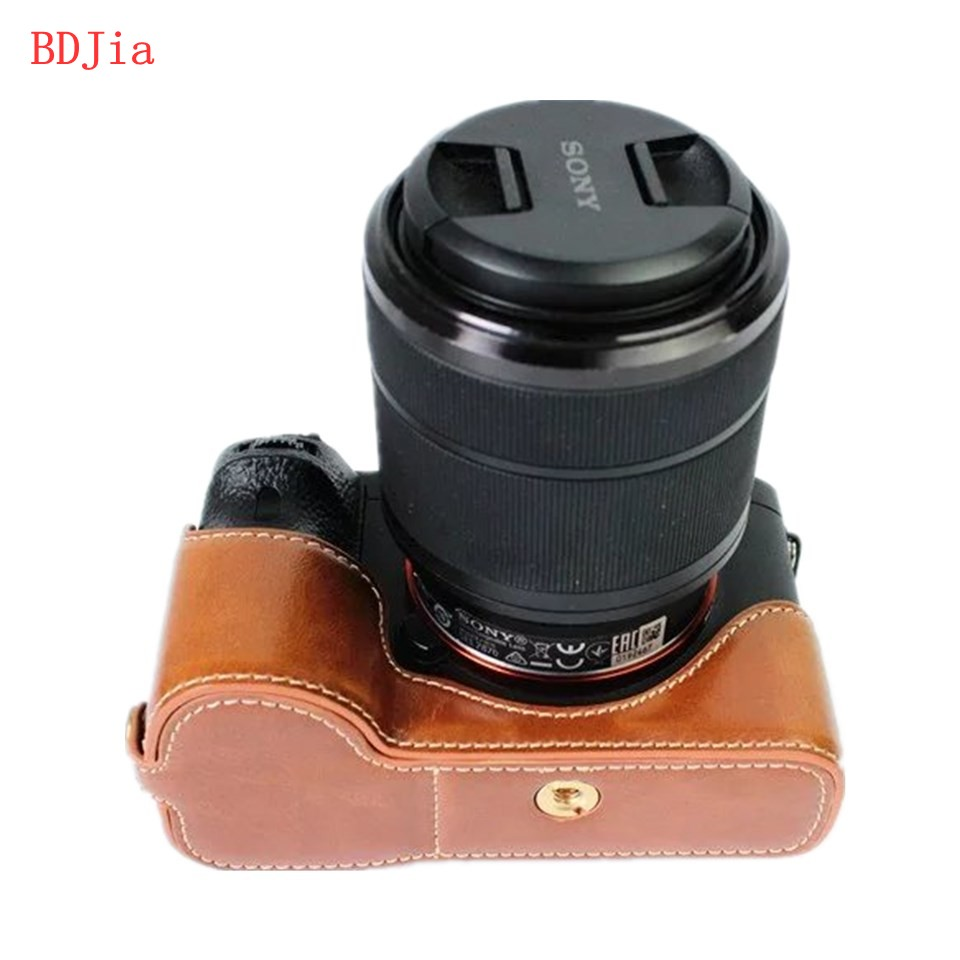 NEW Fashional Camera Bag Case For Sony A7 A7R A7S PU Leather Half Body Set Cover With Battery Opening Free Shipping in Camera Video Bags from Consumer Electronics