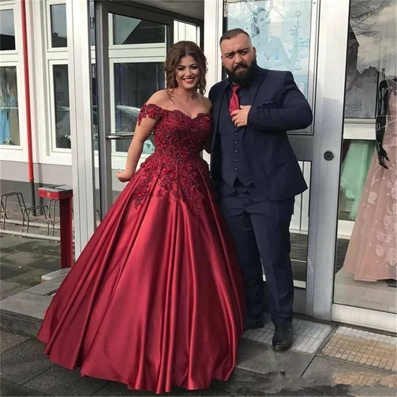 Elegant Robe de soiree 2019 Sexy Off The Shoulder Lace Evening Dress For Party Gown Burgundy Long Prom Dress Custom Made