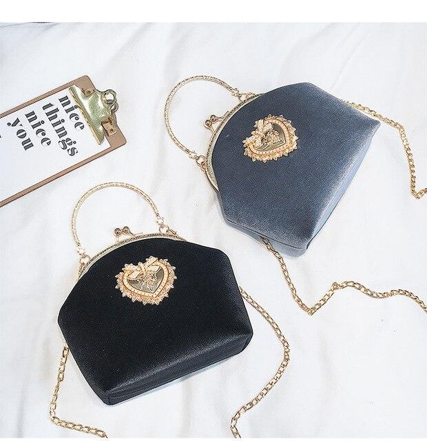 Kadın kadife inci çanta Vintage kadife kalp tasarım akşam çanta düğün gelin debriyaj kadife çanta çanta