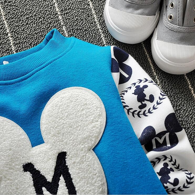 The new cartoon pattern fashion 0-2 year-old male and female baby long-sleeved clothes + free gifts 11