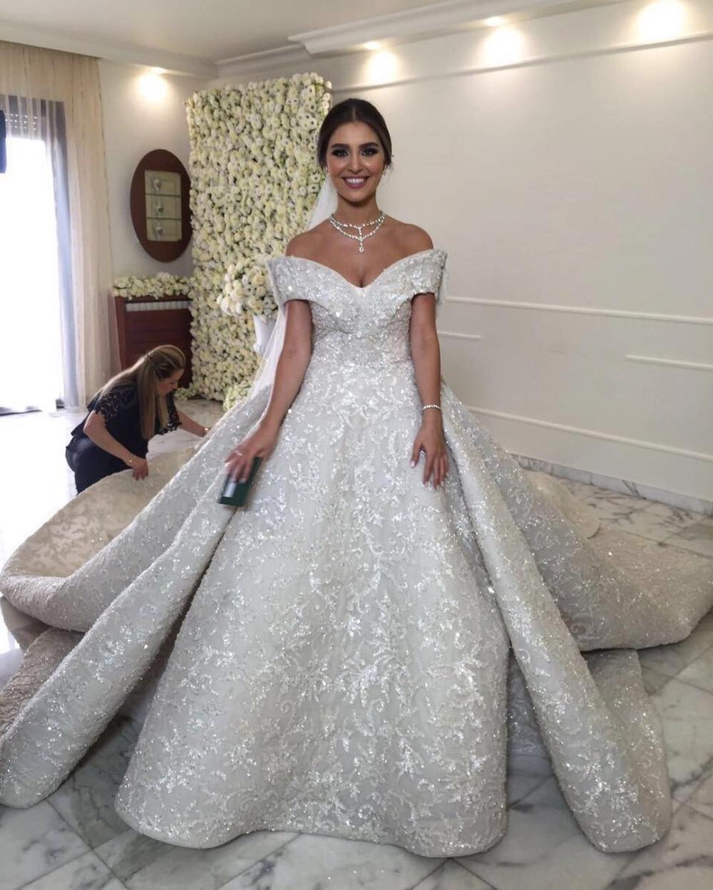 2017 Luxury Dubai Ball Gown Wedding Dresses Gelinlik Saudi