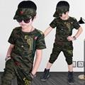 Мало подростковые мальчики одежда летние комплекты зеленый камуфляж 2017 мальчиков одежда летний набор с коротким рукавом майка шорты комплект для мальчики
