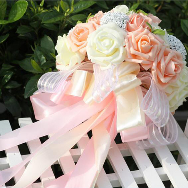 Shadai holding flowers bride holding flowers Korean wedding married     Shadai holding flowers bride holding flowers Korean wedding married  simulation rose 25 send corsage stars