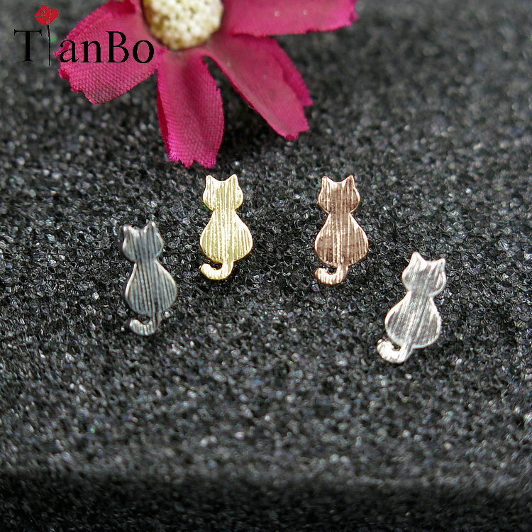 TianBo New Accessories Jewelry Cute Tiny Cat Stud Earrings For Women Fashion Kitten Animal Collier Gifts for Girl