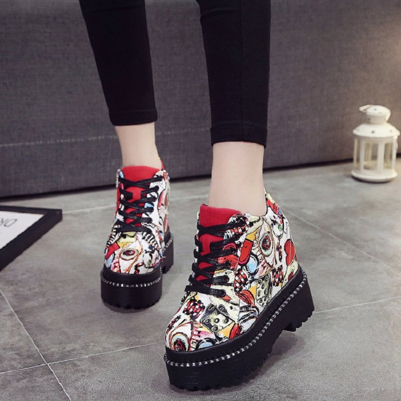 2018 Spring Autumn New Thick Waterproof Platform Graffiti Korean Shallow Mouth Shoes Cross Strap Fashion Women's Shoes 5