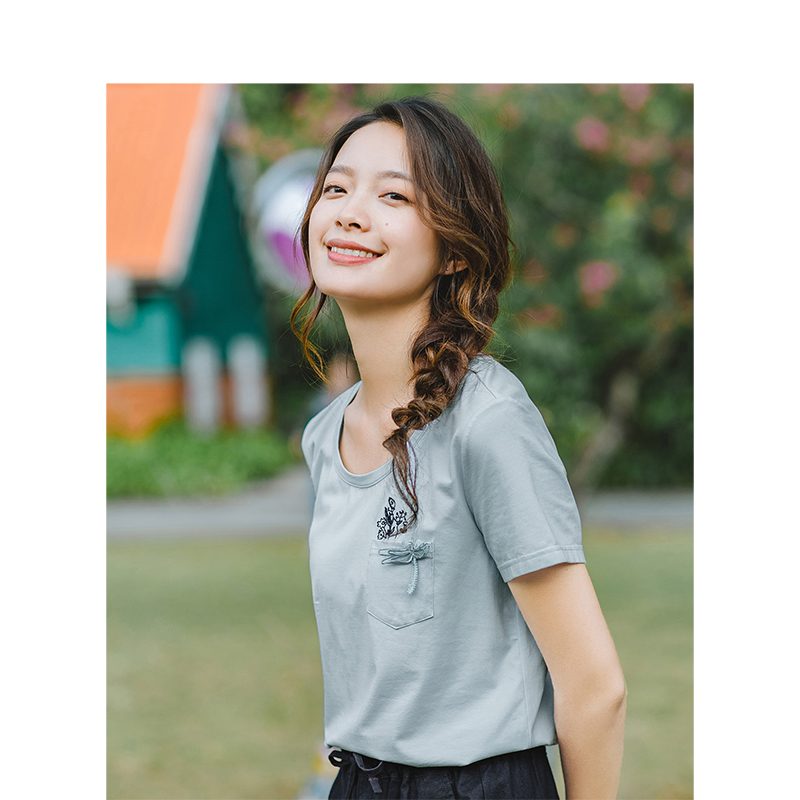 INMAN 2019 Summer New Arrival O-neck Literary Embroidery Casual All Matched Slim Short Sleeves Women T-Shirt