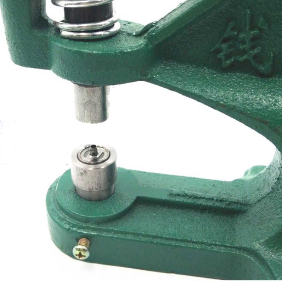 9.5-15 Mm Manual Cakar Terkunci Mati Gesper Logam Pemasangan Paku Keling Logam Terkunci. Mesin Press Cetakan Mati Tombol Instalasi