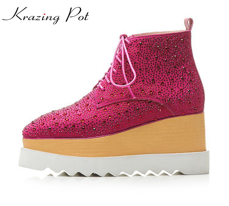 Krazing pot kid suede street fashion crystal ankle boots cross tied lace up wedges high heel plus size winter fashion boots L10 все цены