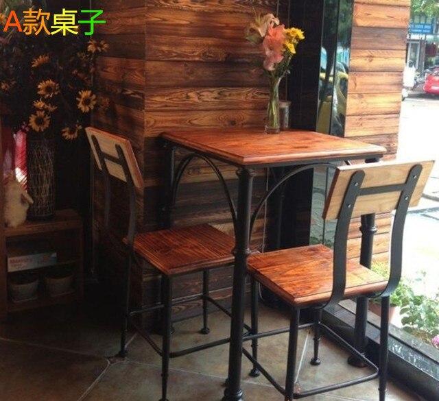 tavoli e sedie in legno massello , balconi in ferro battuto ...