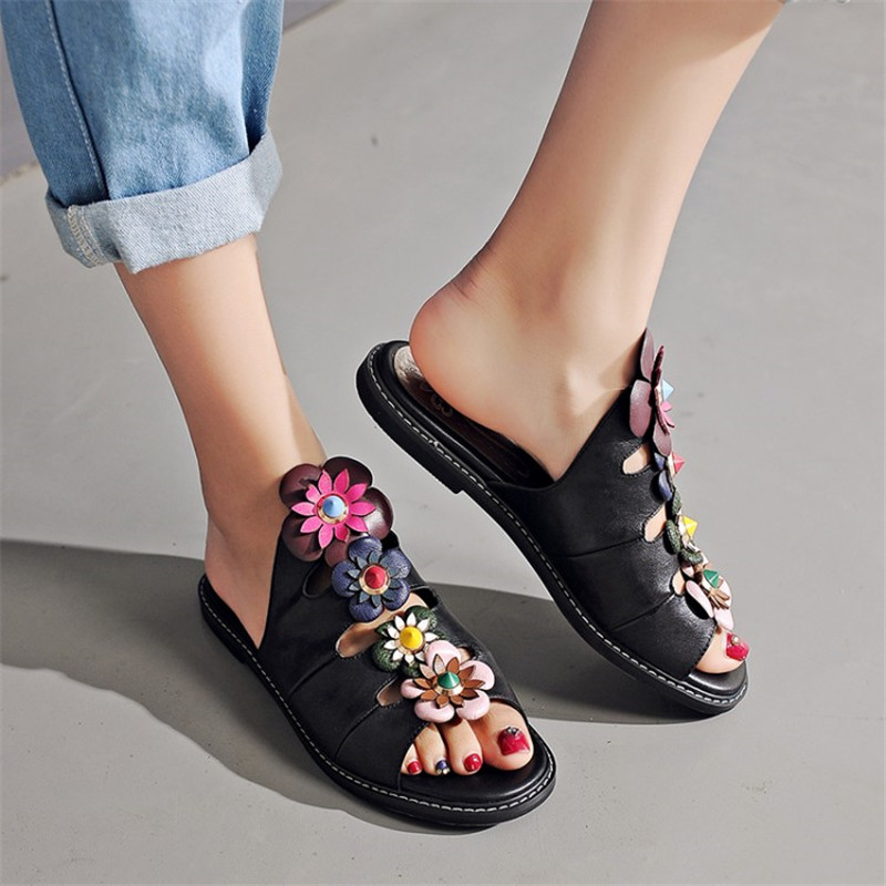 ФОТО Black Color Summer Lady Fashional Shoes Women Beach Sandals Girl Slippers Genuine Leather Flower Embellished Girl Flat Slides