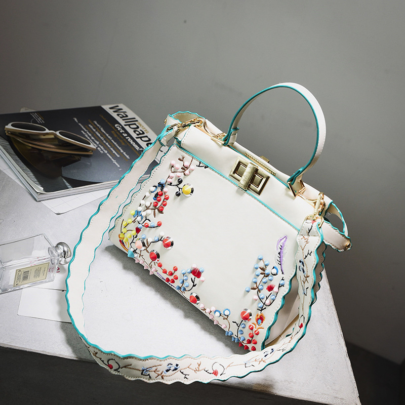 Luxury Handbag Women Bags Designer Fashion Flower Embroidery Female Tote Shoulder Cat Bag with Colorful Rivets