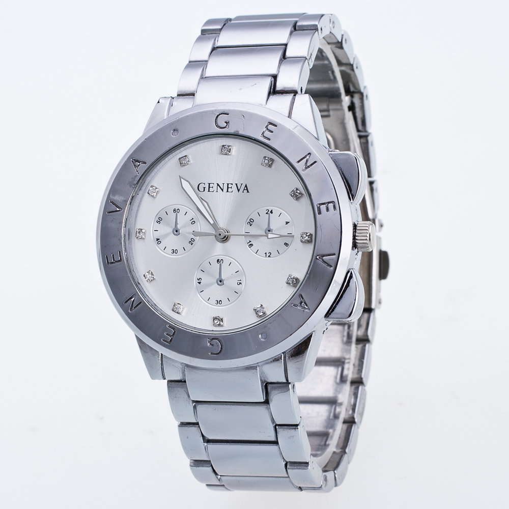 Luxury Geneva Diamond Watch Hour Hand Graphic Display Alphabet Striped Stainless Steel Dial Ladies Quartz Watch Aluminum Alloy S