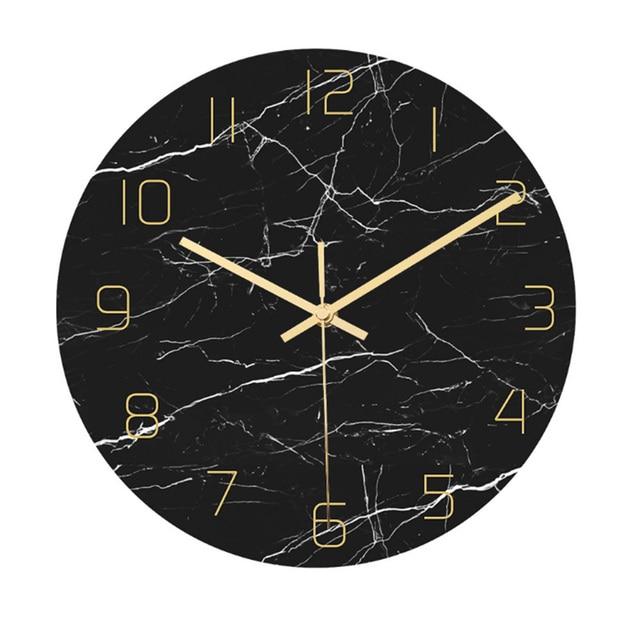 שעון קיר שחור בעיצוב מארבל 1