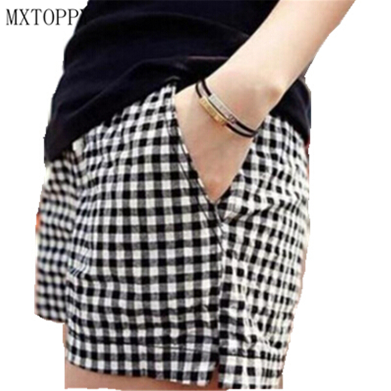 Plus Size M-4XL Black And White Plaid Shorts 2017 Summer Style New Fashion Casual Loose Big Yards Elastic All-Match Women Shorts