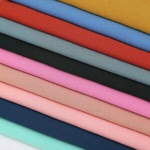 Image 2 - Простой пузырьковый шифоновый хиджаб платок шарф для женщин 2019, однотонные длинные шали и накидки, мусульманские хиджабы, шарфы, женский платок для женщин