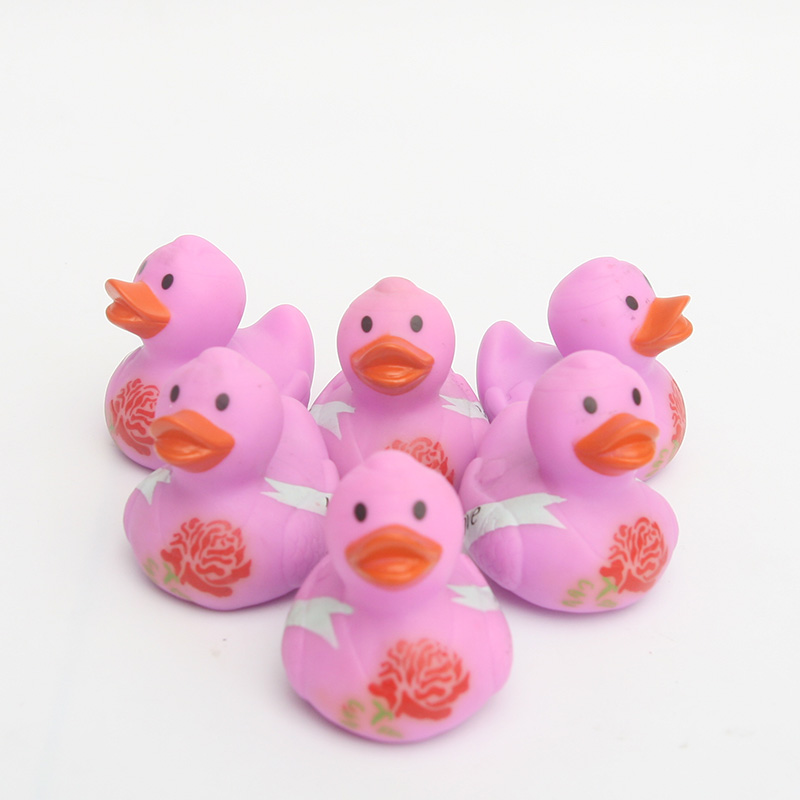 2018 NEW floating ducks Girls love pink ducklingsThe baby bathed the duckling.environmental and non-toxic