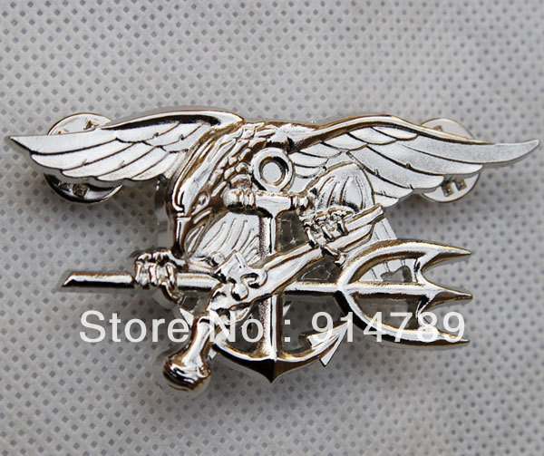 US NAVY SEAL EAGLE ANCHOR TRIDENT METAL BADGE INSIGNIA SILVER -32448