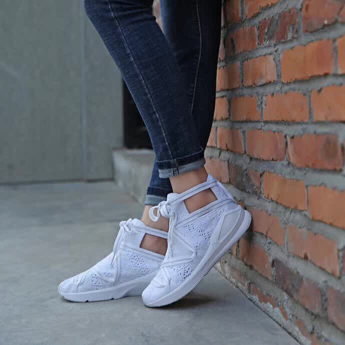 wholesale dealer 574ed 982a5 2018 PUMA FENTY Suede Cleated Creeper Women's First ...