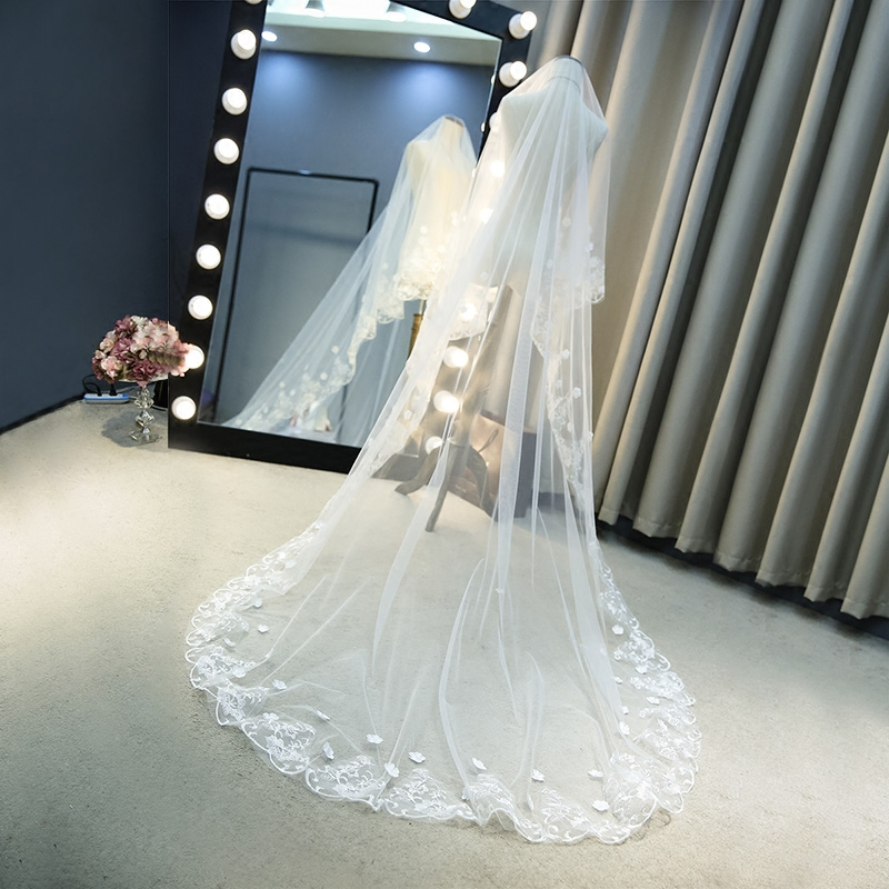 Hot Sale List Ivory Long Wedding Veil 2m 3m Flowers Beaded Lace Edge Velos Novia Wedding Accessories Cathedral Wedding Veil
