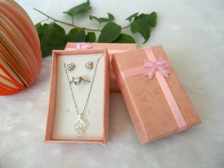 Hot Paper Gift Jewellery Box With Sponge Pink Square Jewelry Set Ring Earrings Necklace Holder