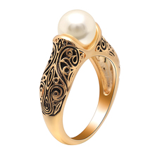 Hot Sell Imitation Pearls Wedding Band Women Ring Elegant Engagement Flower Vintage Gold Color Hollow Flower Finger Rings Gift china supplier his and hers gold color titanium wedding band finger rings women