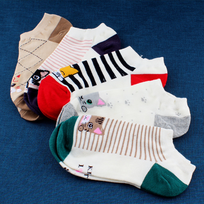 TRESPRETTYWY 5Pair/Lot 2017 High Quality Cute Cat Striped Women Socks Creative Casual Cotton Funny Animals Socks for Female   1