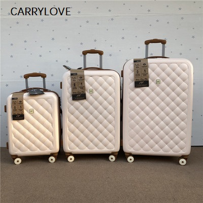 CARRYLOVE Stylish And Light Large Capacity, High Quality 20/25/29 Inch Size PC Rolling Luggage Spinner Brand Travel Suitcase